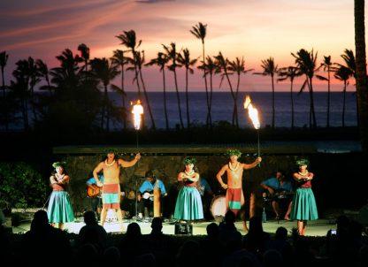 Waikoloa Beach Marriott Sunset Luau Show Performers